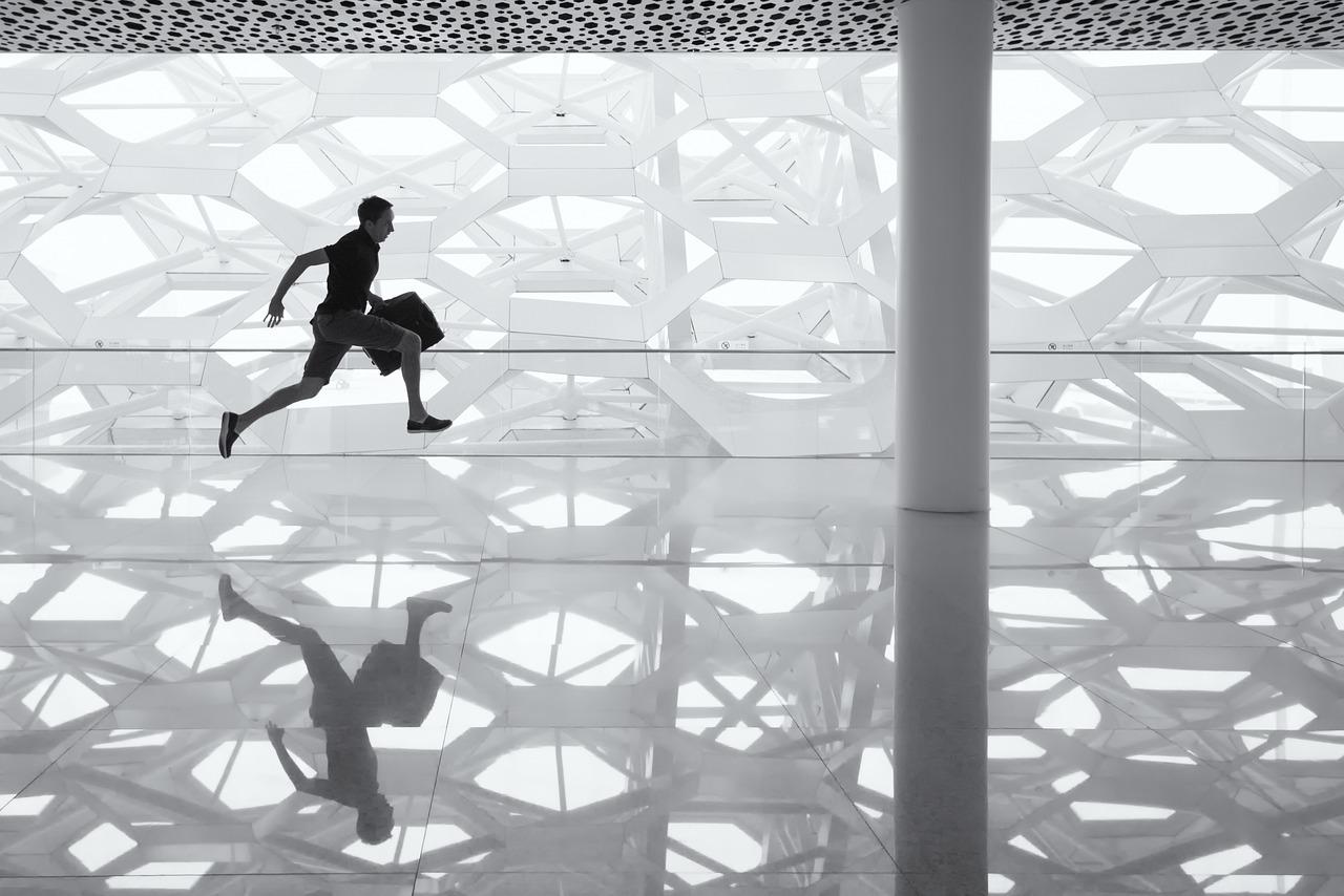 元人事担当者が語る、転職成功の秘訣。自己分析のやり方と注意点